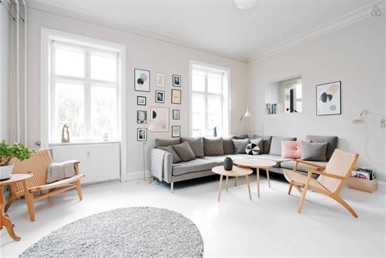 113 m2 lejlighed i Charlottenlund til leje